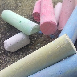 chalk-178345_640